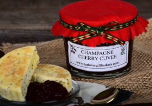 Tea, jam and scones (or in this case eccles cakes) always a great tea gift idea!